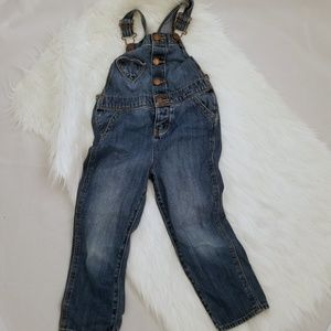 Oshkosh 4T Jean overalls buttons and heart